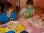Druháci ve školní kuchyňce